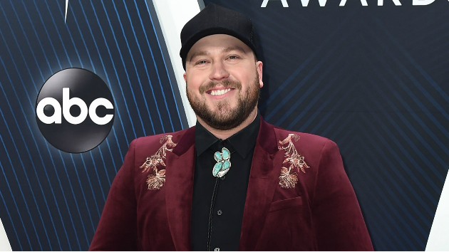 """Drunk Me"" hitmaker Mitchell Tenpenny takes a turn as Andy Cohen's celebrity bartender Wednesday night"