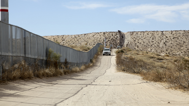 2-year-old dies after family apprehended at southern border