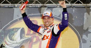 Hamlin Wins Bristol Night Race