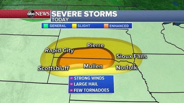 Heavy storms set to hit Plains, new storm systems develop over Atlantic