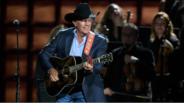 """""""The Weight..."""" of Strait: King George sets a new 'Billboard' record"""
