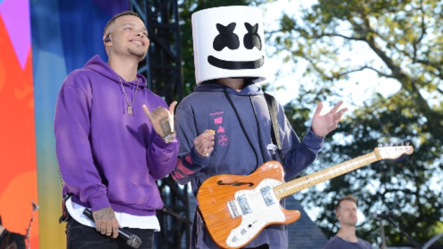 """Kane Brown did """"One Thing Right"""" -- by not revealing what Marshmello looks like without his helmet"""