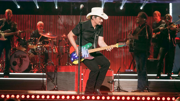 "Brad Paisley to see ""The World"" on 2020 tour"