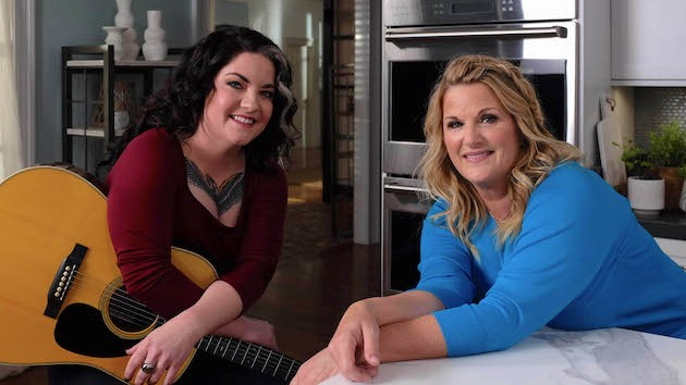 Trisha Yearwood and Ashley McBryde cook up some good conversation on 'Trisha's Southern Kitchen'