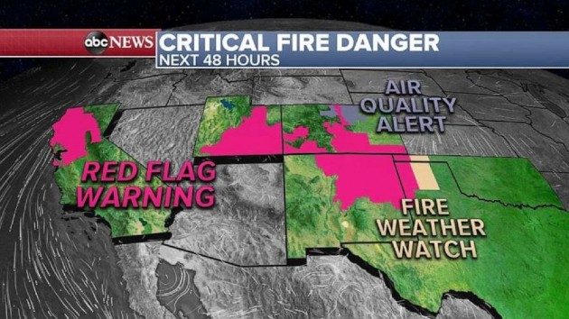 New wildfire in Colorado prompts mandatory evacuations