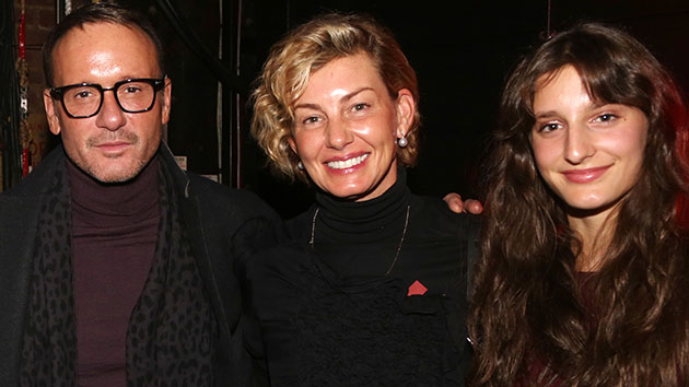 Faith Hill and Tim McGraw are voting early, after being challenged by Michelle Obama